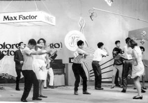 Bailando con Los Supersónicos